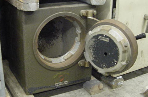 SMNA PLATE SAFE ... & used safe sales used safes purchased